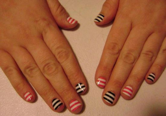 Easy-and-cute-striped-nail-art-for-kids